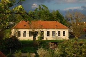 Biskoupky-škola