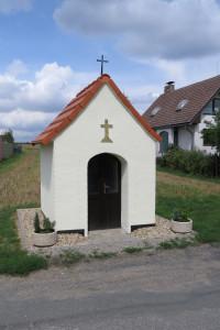 Ketkovice - Opravená kaplička 010
