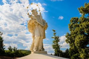 Moravské Bránice - Socha Sv. Jana Nepomuckého před hřbitovem