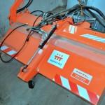 Zametací stroj na údržbu veřejných prostranství v Mělčanech_1